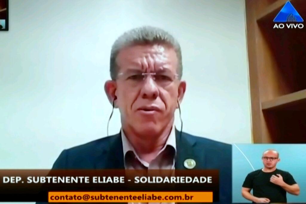 """""""Prefiro ver a mãe de um bandido chorar do que a mãe de um policial"""", diz o deputado Eliabe"""