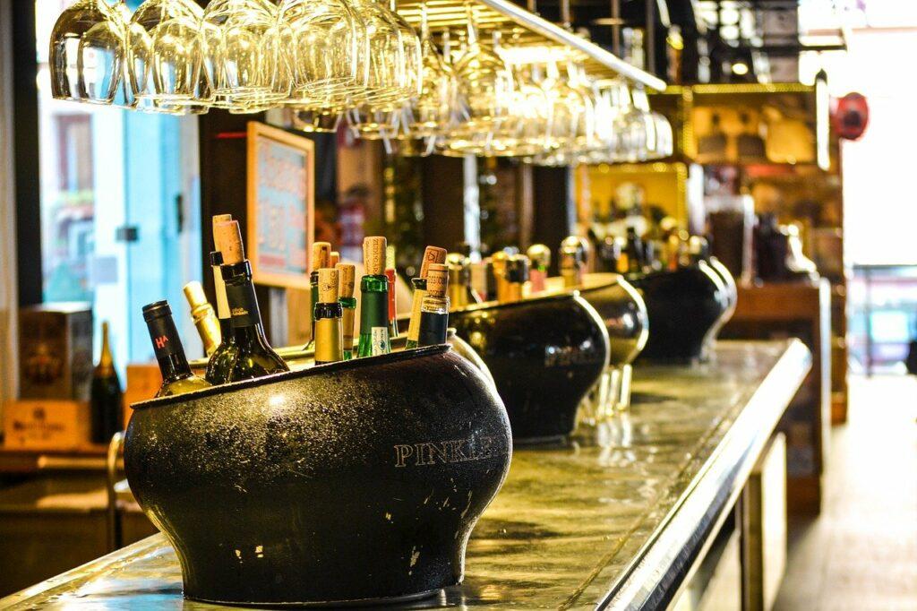 Procuradoria vai recorrer de decisão que liberou consumo de álcool em Natal