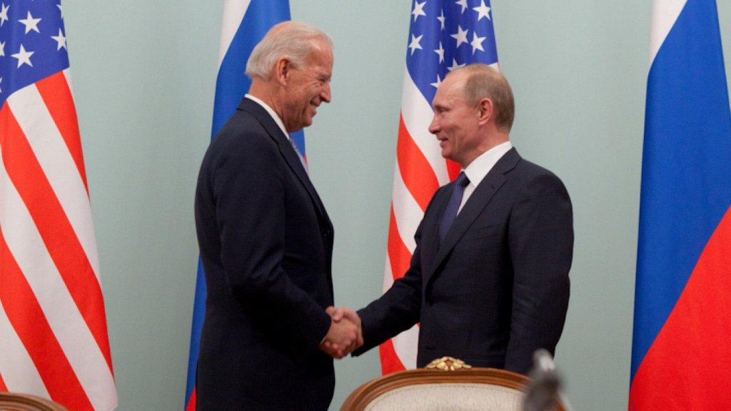 Conflito: EUA anunciam sanções contra Rússia e expulsam 10 diplomatas