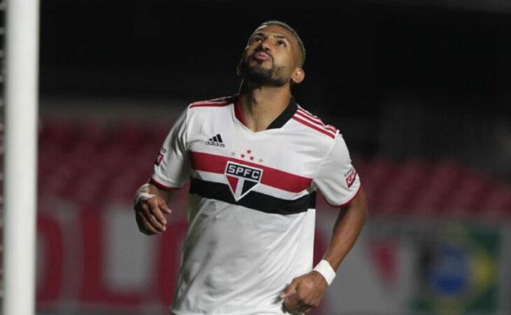 Volpi brilha e São Paulo vence; Palmeiras vira contra o Guarani