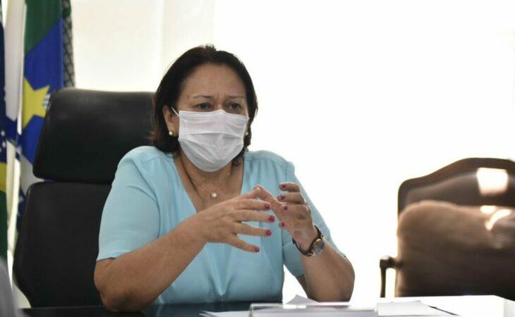 Estado vai receber 15,6 mil doses da CoronaVac, anuncia Fátima Bezerra