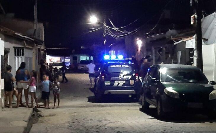 Homem é assassinado na frente da mulher e filhos na zona Norte de Natal
