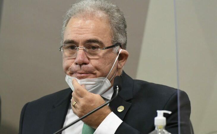 Queiroga se nega a responder sobre cloroquina em CPI da Covid
