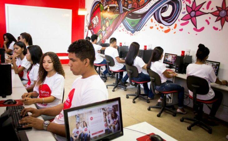 Instituto Coca Cola Brasil abre vagas de qualificação para jovens de Parnamirim